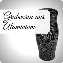 Moderne und hochwertige Grabvasen aus Aluminium, für Ihre persönliche Grabgestaltung. Stilvolle Friedhofsvasen jetzt günstig online kaufen.