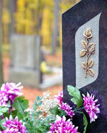 Grabbepflanzung, Grabgestaltung und Grabpflege.