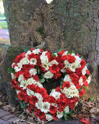 Trauergekränze und Trauerfloristik für die Trauerfeier und Beisetzung