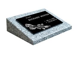 Urnengrabstein Nr. 1, Grabstein Grabmal, Grabplatte inkl. Inschrift und Motiv mit Sockel -