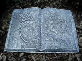 Grabschmuck Buch mit Inschrift  Frostfest Steinguss Wetterfest Grab Deko