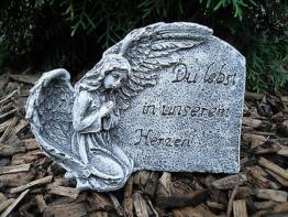 """Grabschmuck Engel am Fels """"Du lebst in unserem Herzen""""  Frostfest Steinguss Deko"""