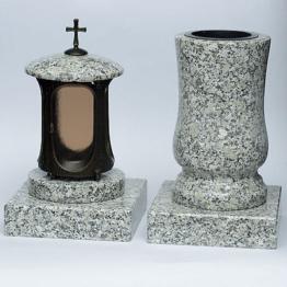 Grabschmuck Set  Vase und Grablicht  Grablampe Grabsockel XL Granit  schlesisch