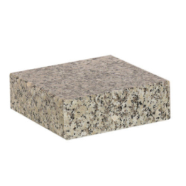 Granitsockel Grabsockel  Vasensockel   15cm x 15cm x 5 cm Granit  schlesisch