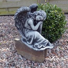 Steinfigur Engel Angel Gartenfigur Grabengel Skulptur Grabschmuck Steinguss H.23