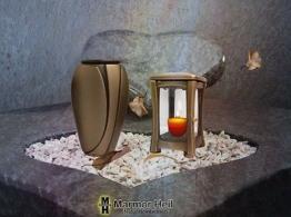Grablampe Grablaterne 18cm und Grabvase 20cm Set aus Bronze Friedhof Urnengrab