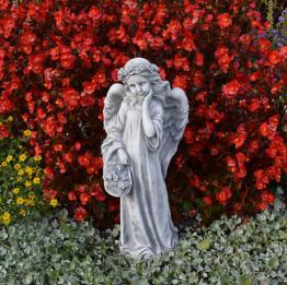 Schöne Engel Steinfigur mit Blumenkorb Grabdeko Gartendeko Steinguss frostfest