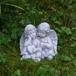 Schönes massives Stein Engelpaar Engel aus Steinguss frostfest Grabdeko Raumdeko