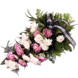 Trauerstrauß in Rosa-Lila-Weiß mit Chrysanthemen und Nelken