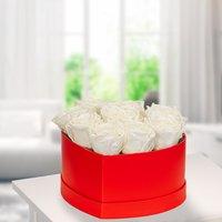 9 weiße haltbare Rosen in roter Herz-Box