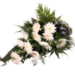 Trauerstrauß mit weißen Chrysanthemen