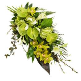 Grüner Trauerstrauß (mit Calla, Lilien)