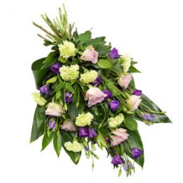 Lieblicher Trauerstrauß (mit Eustoma, Rosen)