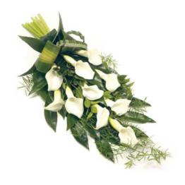Trauerstrauß aus weißen Calla (mit Calla )