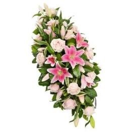 Zartrosa Trauergesteck (mit Rosen)