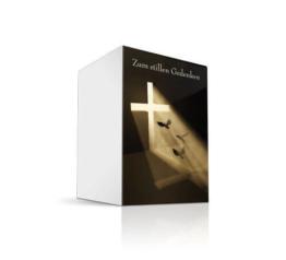 Sterbebild Trauer Kreuz mit Lichteinfall, kleine Klappkarte