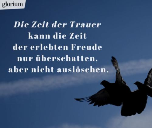 967-trauersprueche-trauerverse-texte-trauerbild-trauerkarte-bilder-trauer-trauerhilfe-karte-glorium-trauerhilfe-tauben-himmel-die-zeit